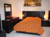 Dormitorios y escaleras for Dormitorios para ninas villa el salvador